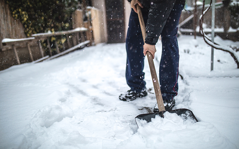 Smart Shoveling: Westchester Medical Center Offers Heart Healthy Tips for Clearing Snow as Winter Storm Approaches
